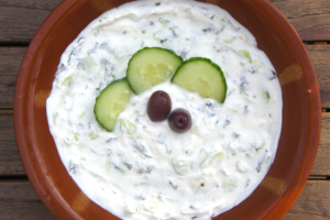 Tzatziki, a base di yogurt