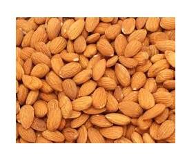 La frutta secca contiene Omega 3